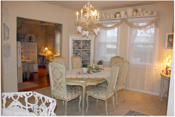 Dining room for Valentines Day