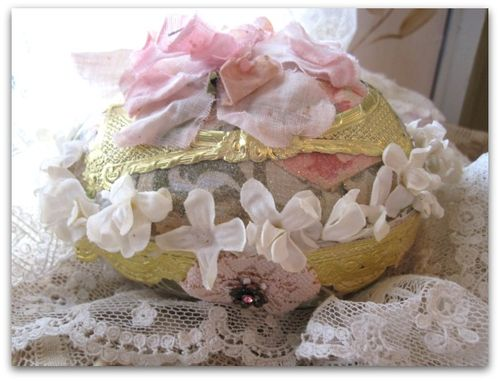 Paper cowgirls and easter eggs 079