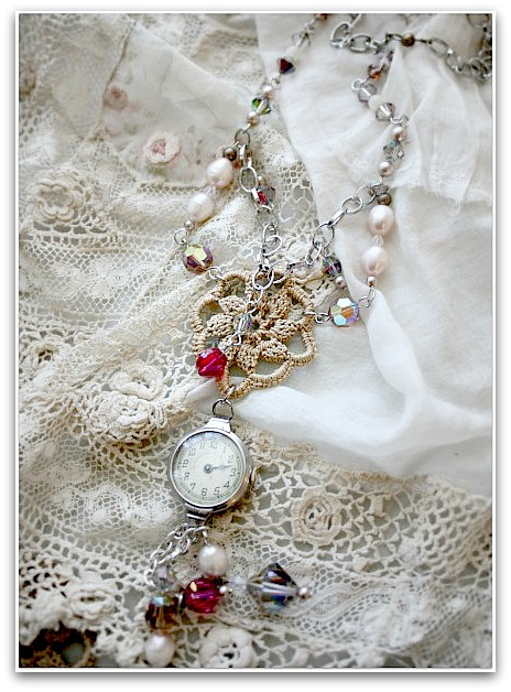 Necklace 045