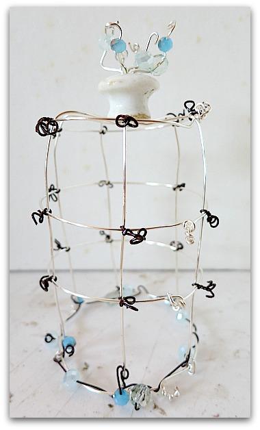Basic cage 031