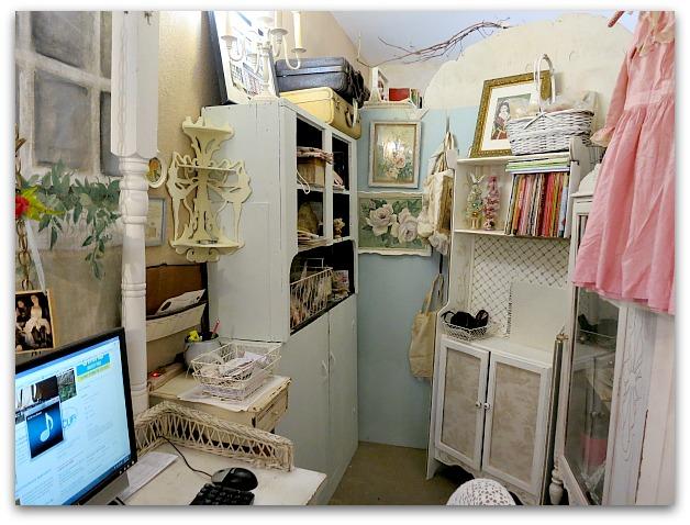 Studio rearrange 004
