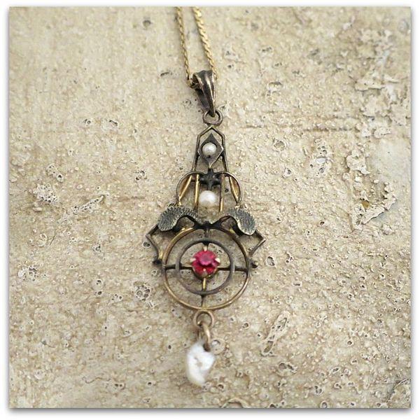 Gems 049