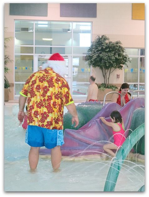 Santa swim 037