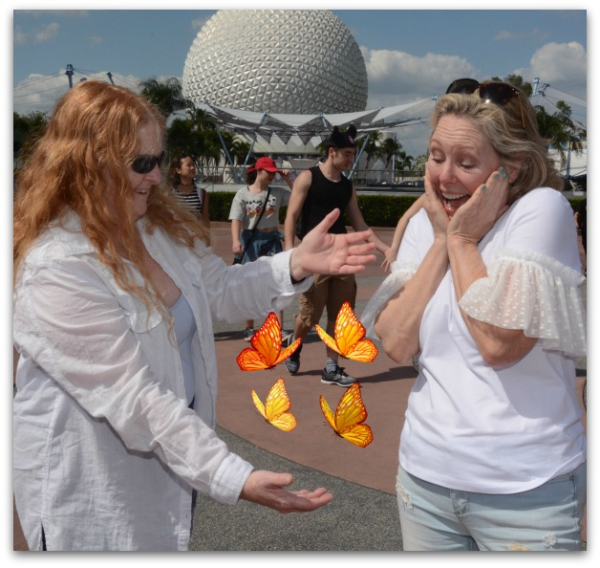 PhotoPass_Visiting_EPCOT_410875846370