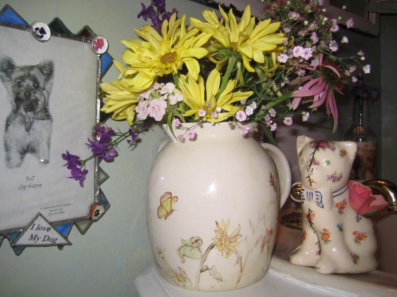 Leandra_garden_guest_room_002