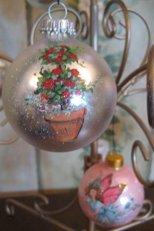 Ornaments_005
