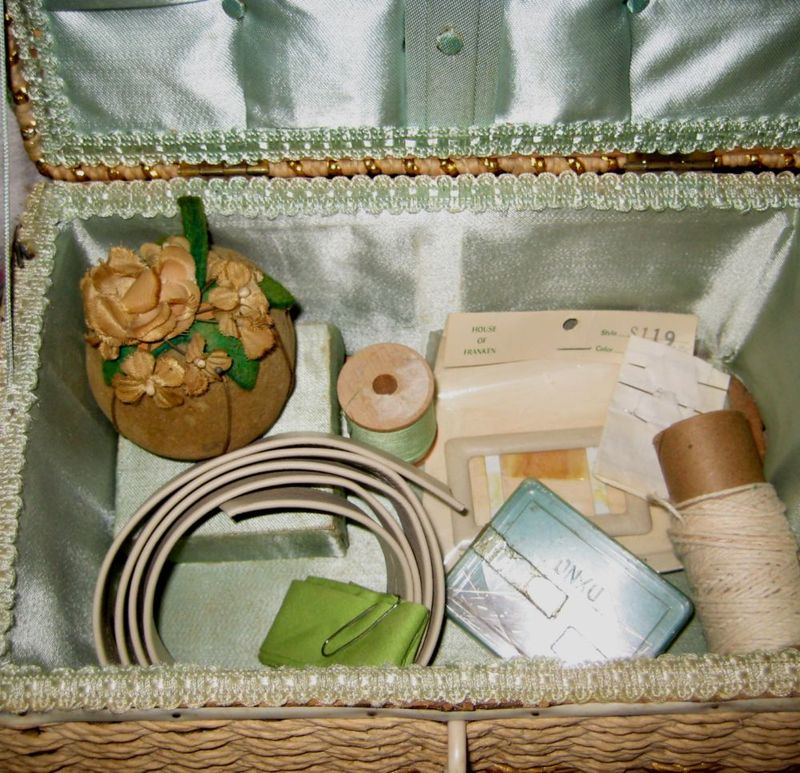 Sewing_box_006