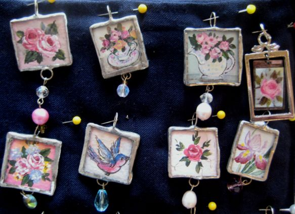Ornaments_and_earrings_023