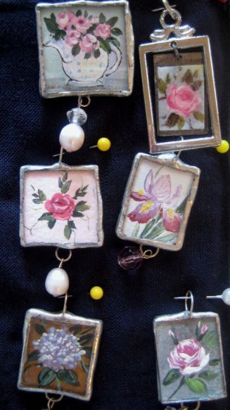 Ornaments_and_earrings_025