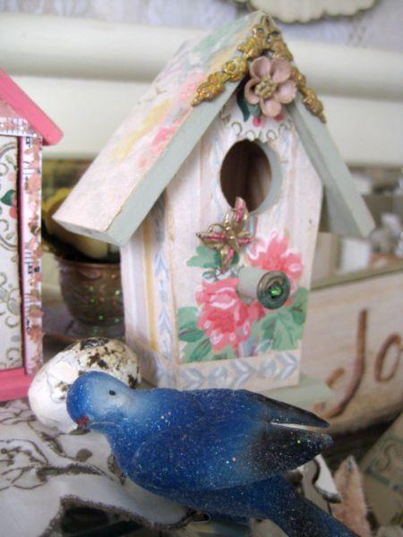 Birdhouse_203