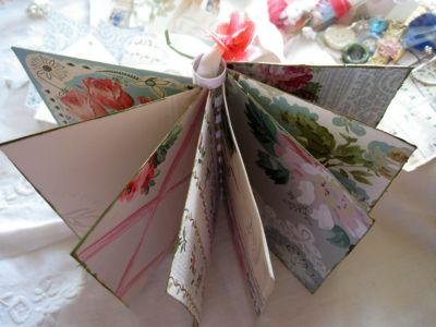 Wallpaper_books_056